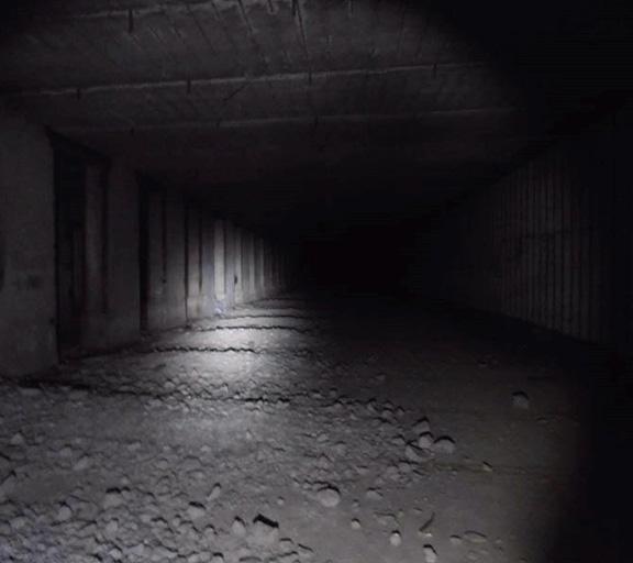 Подземелье - бункер или метро